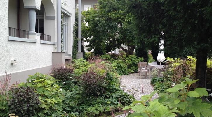 Guber Pflästerung Jacobs Garten 3.JPG