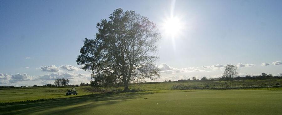 Golfplatz 750