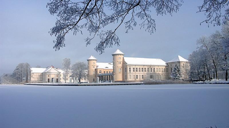 Schloss Rheinsberg auch im Winter bezaubernd