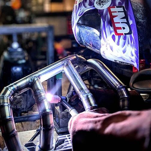 Making metal puddles__#motorcyclefabrica