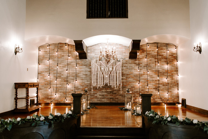 Thee Olde Chapel Wedding Riverside