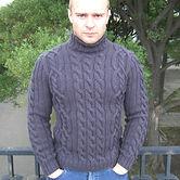 шерстяной мужской свитер с высоким горлом  связанный вручную на спицах купить в интернет-магазине спб лучший подарок для мужчины