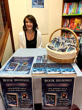 Ruth Lauren Book Signing