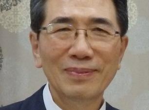 Pastor Bae - Crop.png
