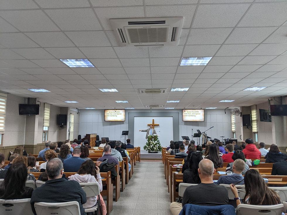 Worship pic 2.jpg