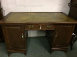 1900s desk