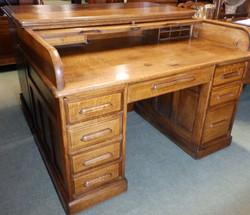 1920Sroll top desk