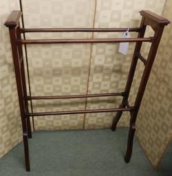 Edwardian towel rail