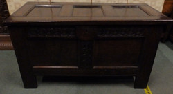 late 1600s coffer