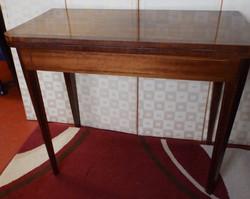 1900s Tea-Table