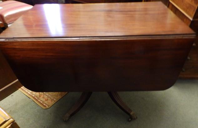 1820/30 pembroke table