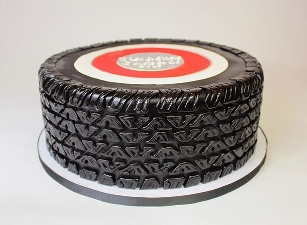 Tire groom's cake