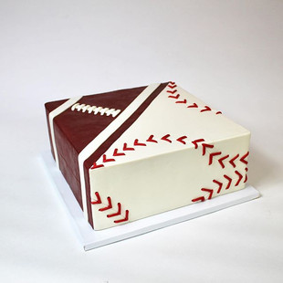 Groom's cake when you're torn between lo