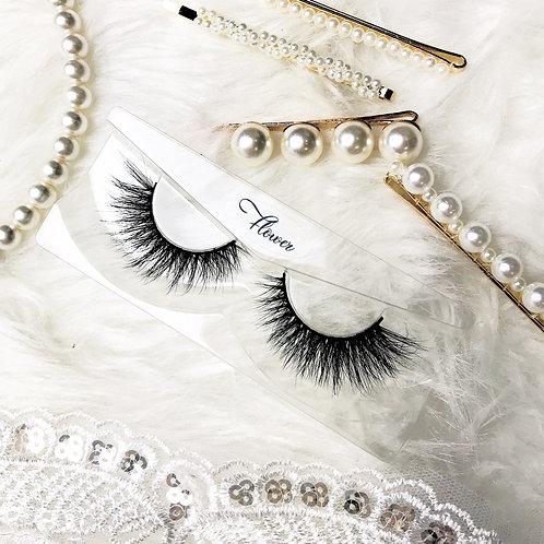 """Flower"" Eyelash Style"