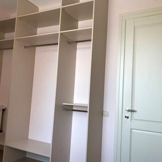 Встроенные шкафы гардеробной