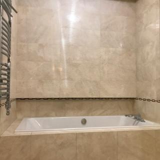 Большая хозяйская ванная комната