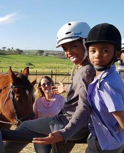 hildren learn about horsemanship