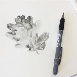 WIP - Oak leaf - Graphite