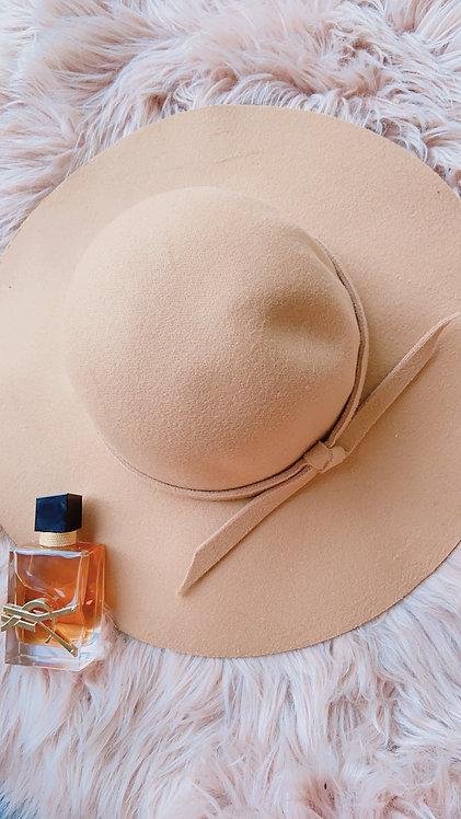 Mabel Camel Hat