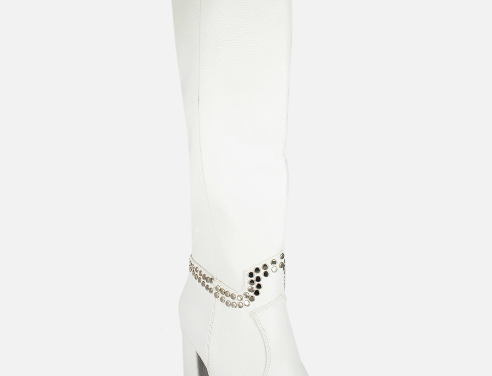 Oh She Fab Cool White Boots