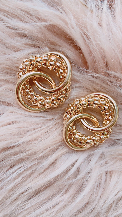 Polly Golden Classic Earrings