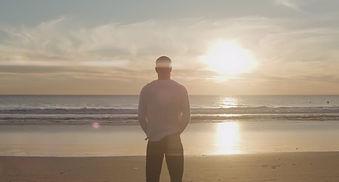 Tony Robbins:  Focus on Yourself