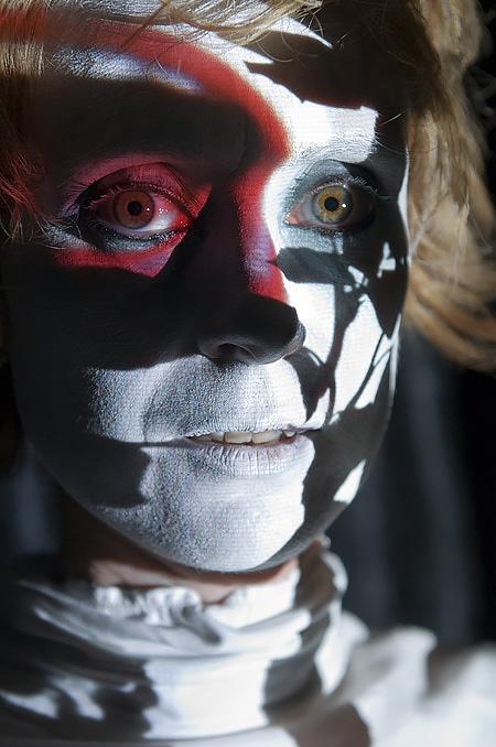 Alison Performance Artist
