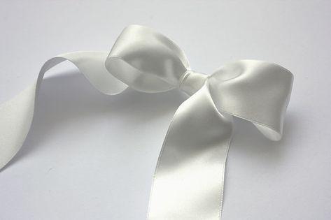 Pearl-White-Satin-Ribbon-600.jpg
