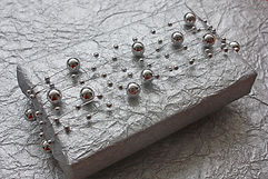 Silver-Bead-Garland-LIGHT-6.jpg
