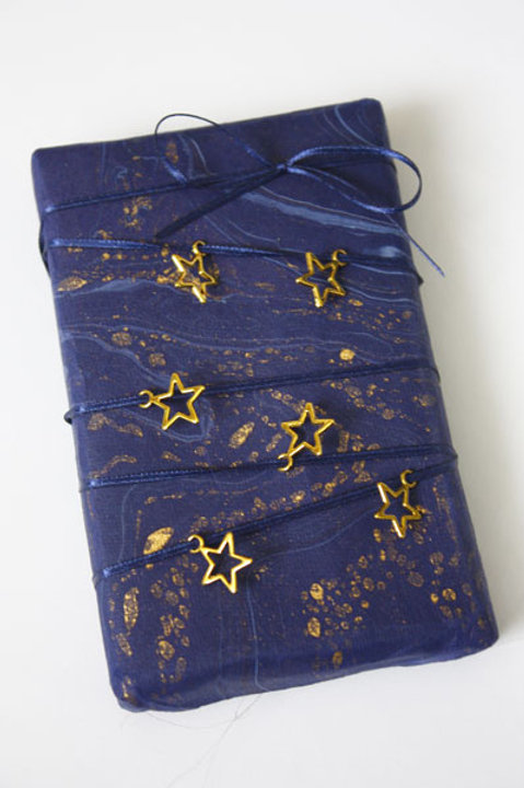 10mm Gold Stars (pack of 15) and 1.5mm Navy DF Satin