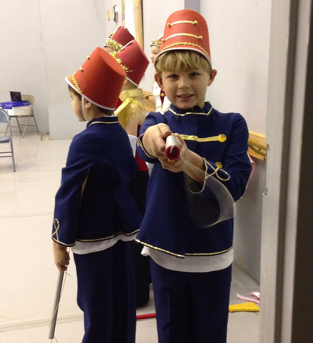 Toy soldiers stand at the ready.