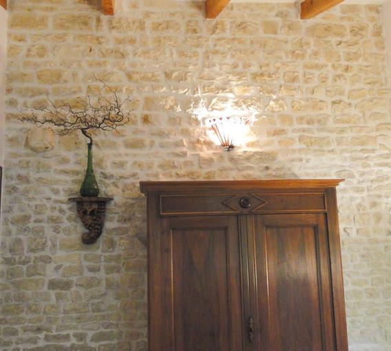 Les murs de pierre