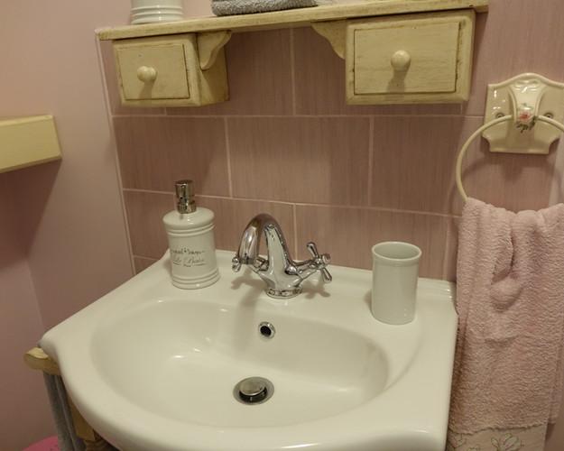 Le meuble vasque et ses accessoires