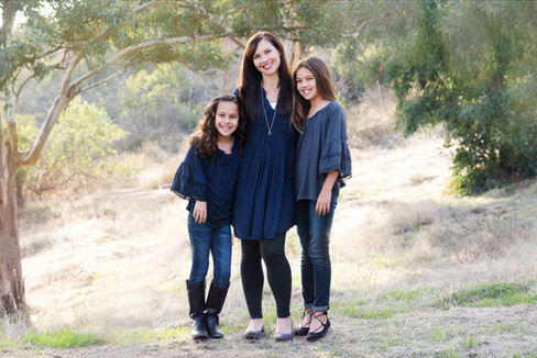outdoor portraits of families Pasadena California