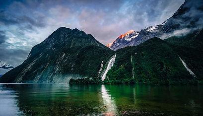 Bowen Falls fiordland new zealand.jpg