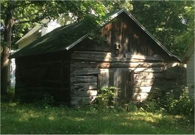 Malm-Hossfeld log barn.jpg