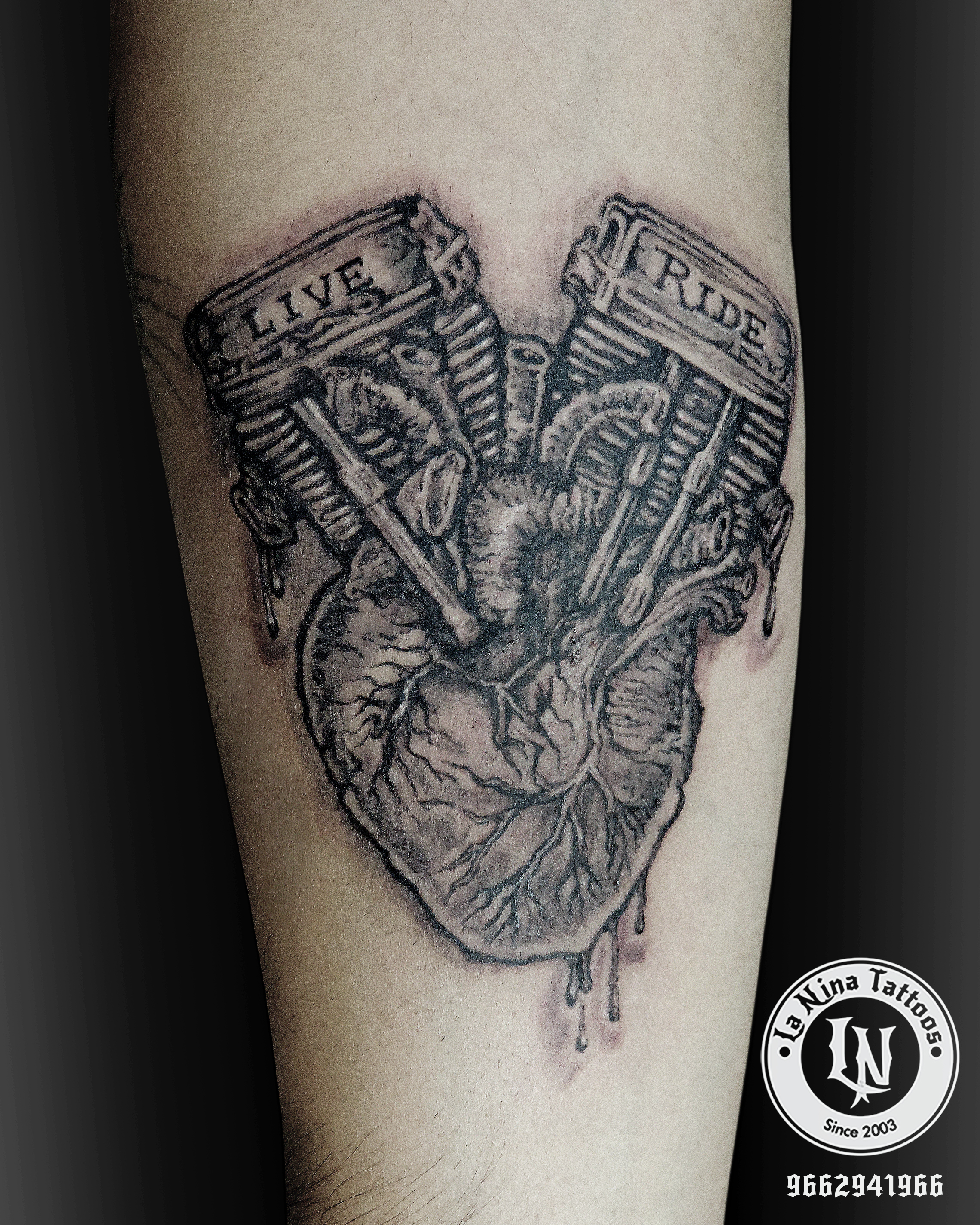 best-tattoo-artist-la-nina-tattoo-custom-heart-biker-tattoo-gujarat-india-black-poision-1920-aliens-