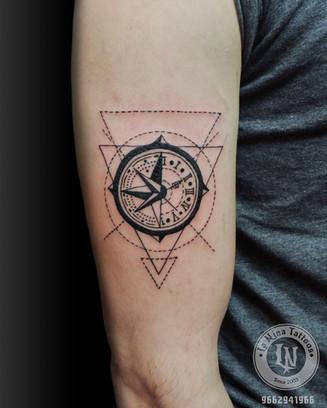 Geomatrical compass tattoo | La Nina Tattoos | Best tattoo studio in ahmedabad| Best tattoo artist | Gujarat | India