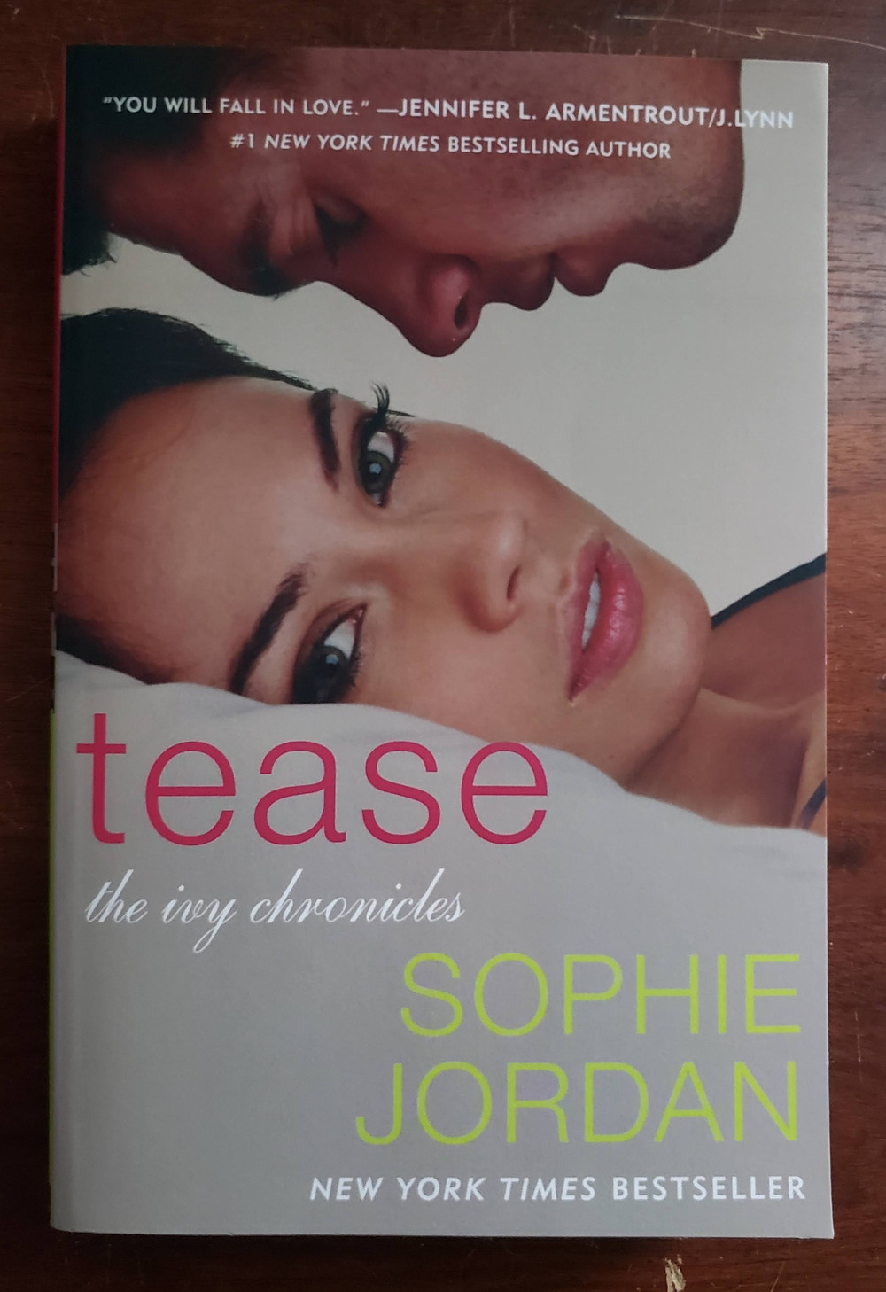 Front image of the book cover for Tease by Sophie Jordan.