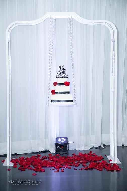 Cake Swing 2.jpg