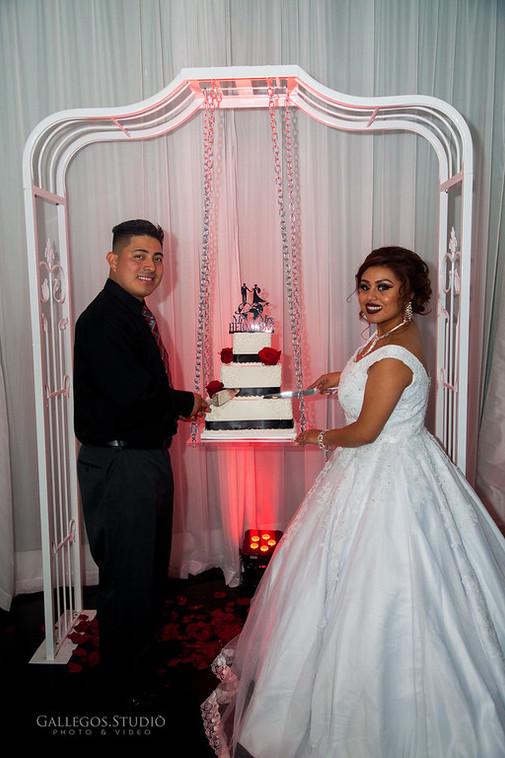 cake swing 3.jpg