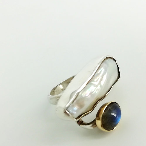 Silver & Golden ring with gemstones
