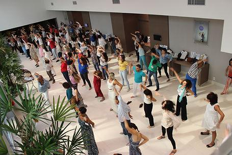 Praticantes de Arhatic Yoga