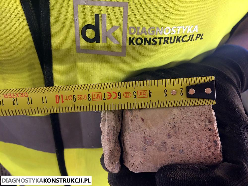 Wstępne pomiary odwierconego rdzenia betonowego