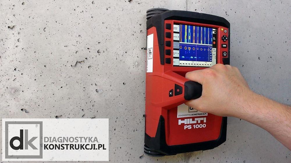 Dzięki antenie o wysokiej częstotliwości wykrywanie zbrojenia w betonie georadarem PS1000 jest bardzo dokładne