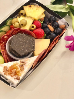 Mini picnic box