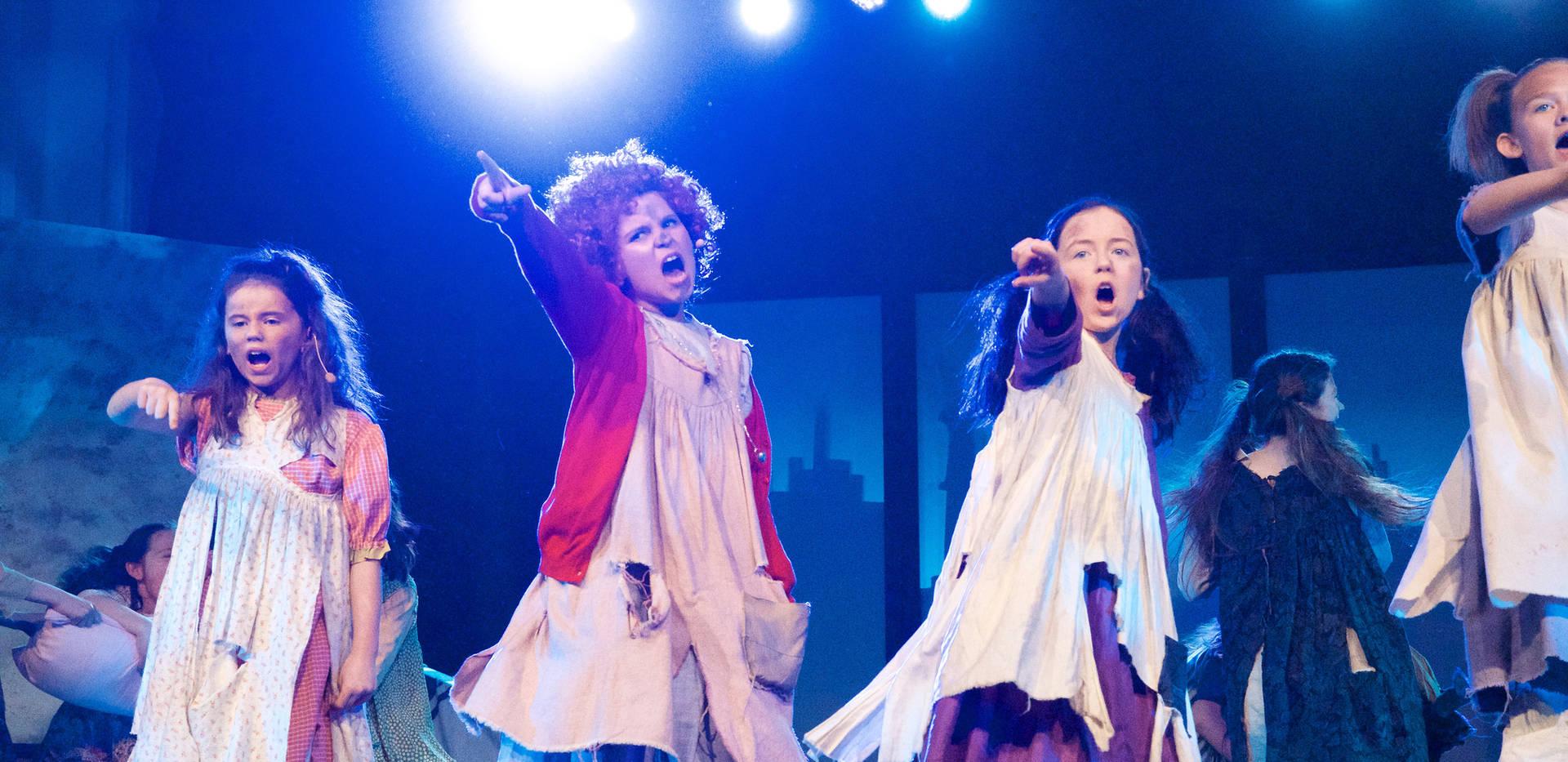 Annie - Show Photos (13).jpg