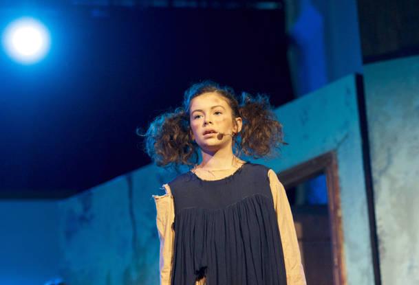 Annie - Show Photos (132).jpg