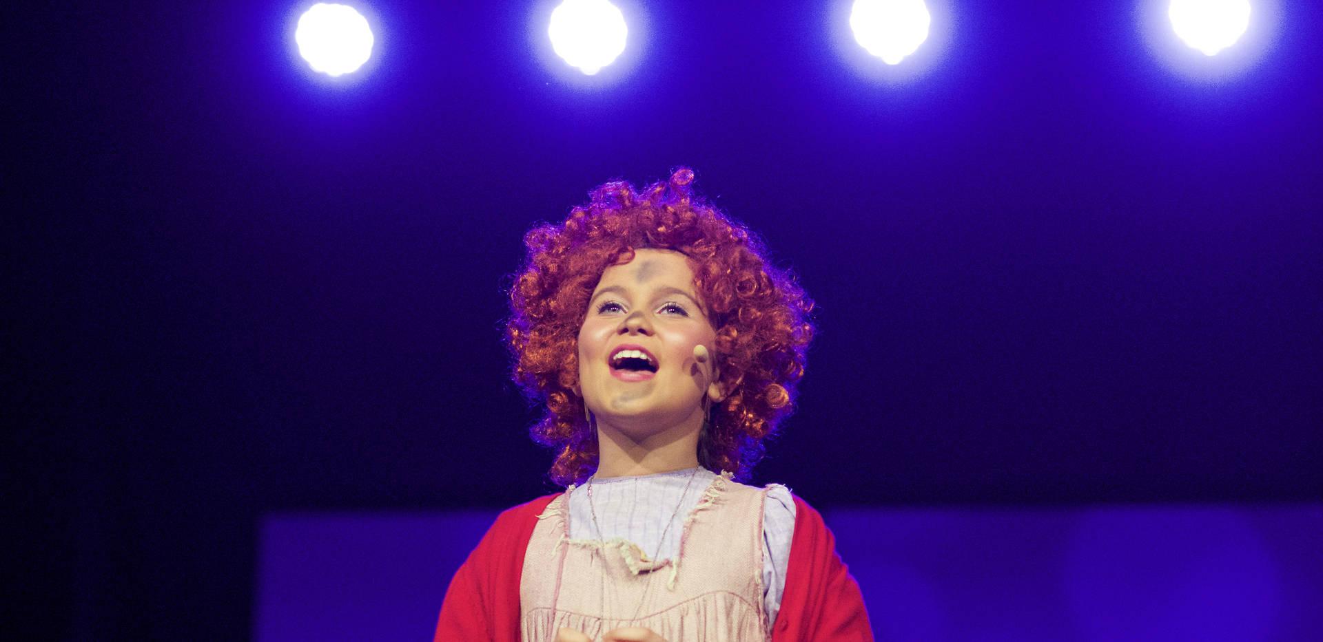Annie - Show Photos (116).jpg
