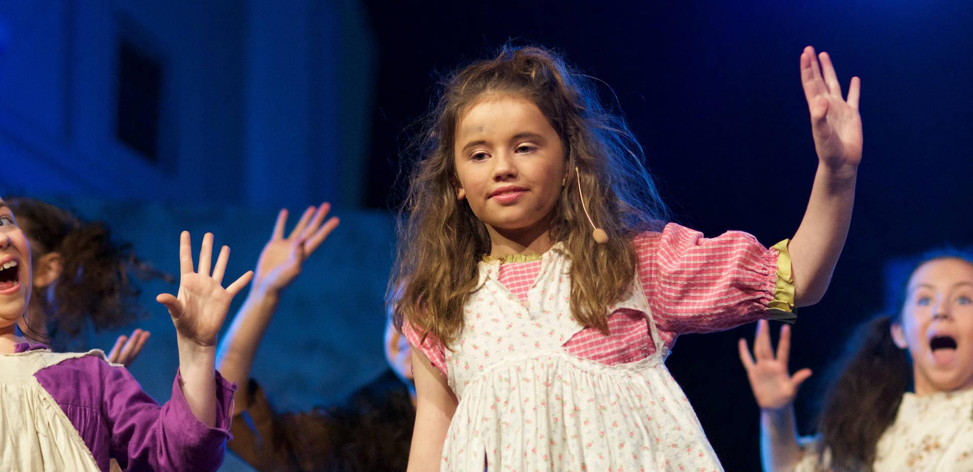 Annie - Show Photos (140).jpg